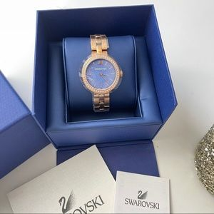 Swarovski Women Daytime Blue Quartz Bracelet Watch
